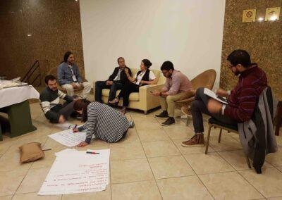 Grupos de trabalho em ação. Foto: Carolina Schaffer.
