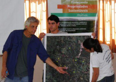 Apresentação dos trabalhos em plenária. Foto: Marcos Alexandre Danieli.