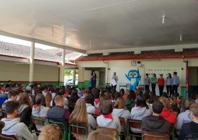 Lançamento do Cartaz Aves de Atalanta com a presença da Muru, mascote da Apremavi. Foto: Taís Fontanive.