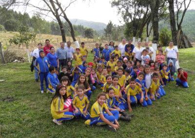 Ações voltadas à Educação Ambiental com a comunidade escolar. Foto: Arquivo Apremavi.